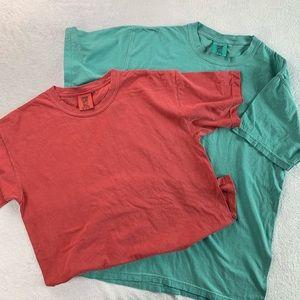Two plain comfort color t shirts